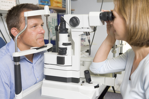 living in well being tests to find eye disorders