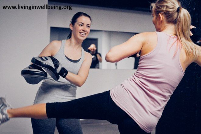 Health Benefits of Kickboxing for Women